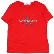T-shirt calvin klein jeans fille. rouge. 4...