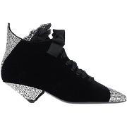 Chaussures à lacets saint laurent femme. noir....